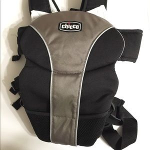 Chicco Baby Infant Carrier Black Silver Newborn